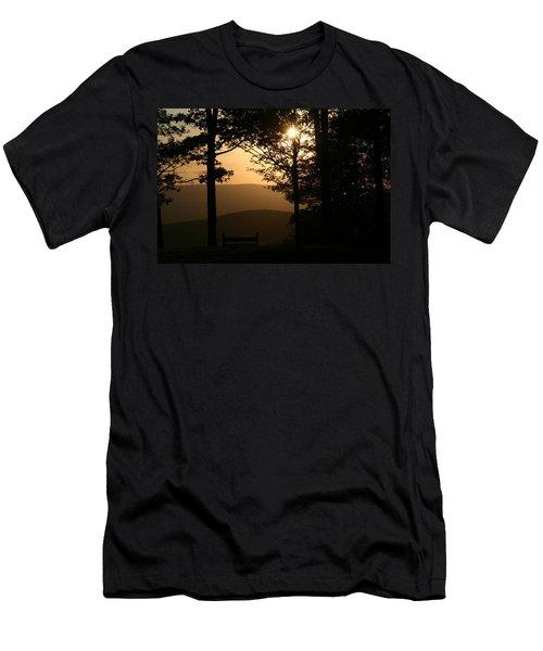 Mt Pisqah Sunset Men's T-Shirt (Athletic Fit)
