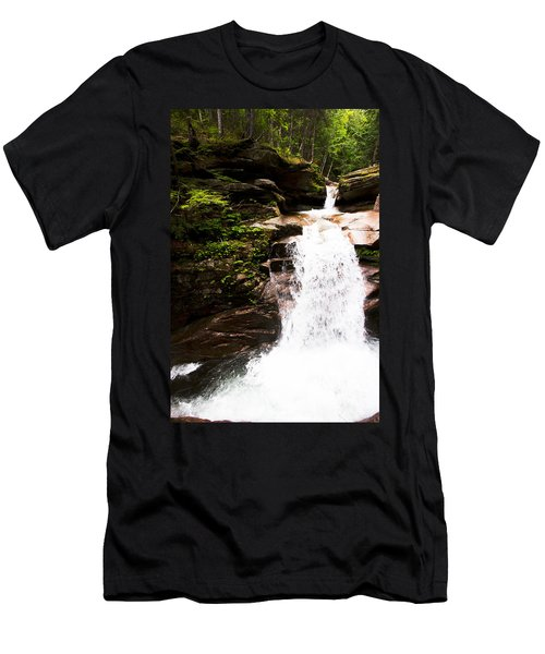 New Hampshire Waterfall Men's T-Shirt (Athletic Fit)