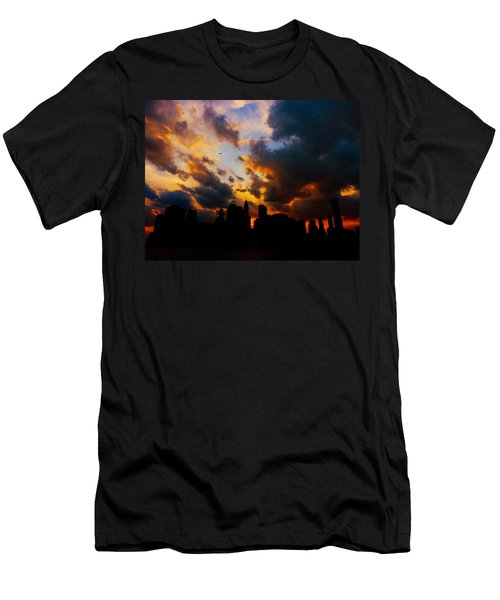 New York City Skyline At Sunset Under Clouds Men's T-Shirt (Athletic Fit)