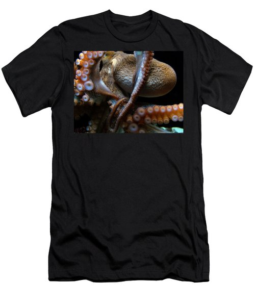 Octopus 1  Men's T-Shirt (Athletic Fit)