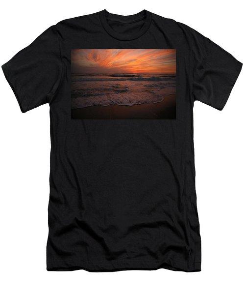 Orange To The End Men's T-Shirt (Athletic Fit)