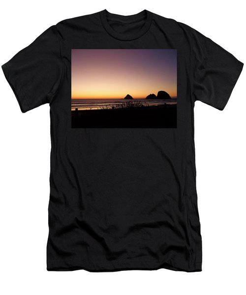 Oregon Coast 16 Men's T-Shirt (Athletic Fit)