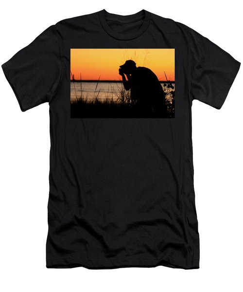 Portrait Of A Photographer Men's T-Shirt (Athletic Fit)