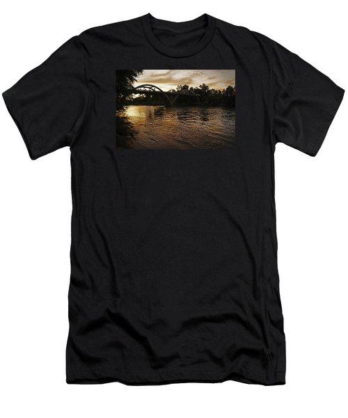 Rogue River Sunset Men's T-Shirt (Athletic Fit)