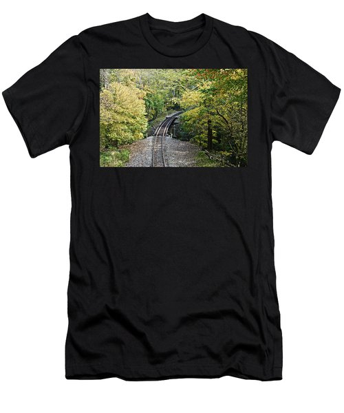 Scenic Railway Tracks Men's T-Shirt (Athletic Fit)