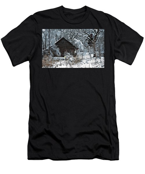 Snow Covered Barn Men's T-Shirt (Athletic Fit)