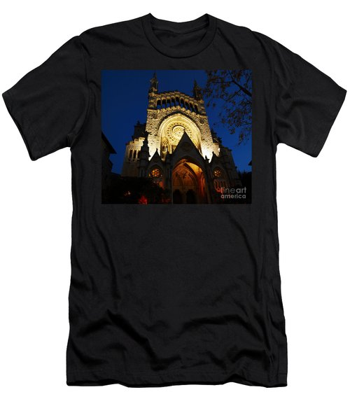 Soller Cathedral Men's T-Shirt (Athletic Fit)