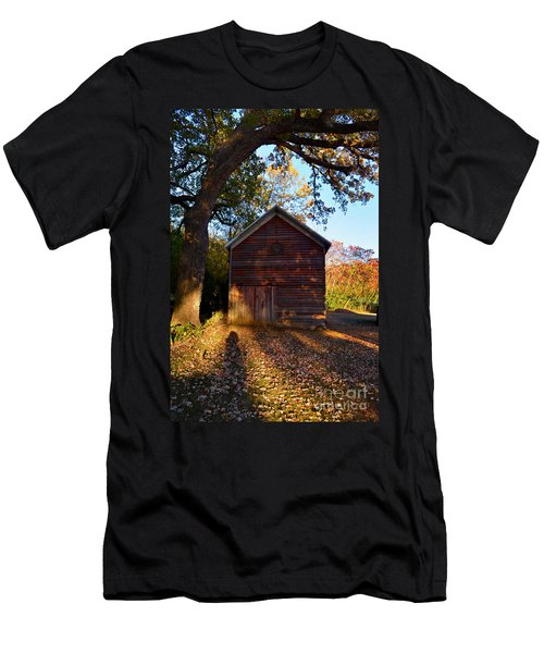 The Weathered Shed Men's T-Shirt (Slim Fit) by Sue Stefanowicz