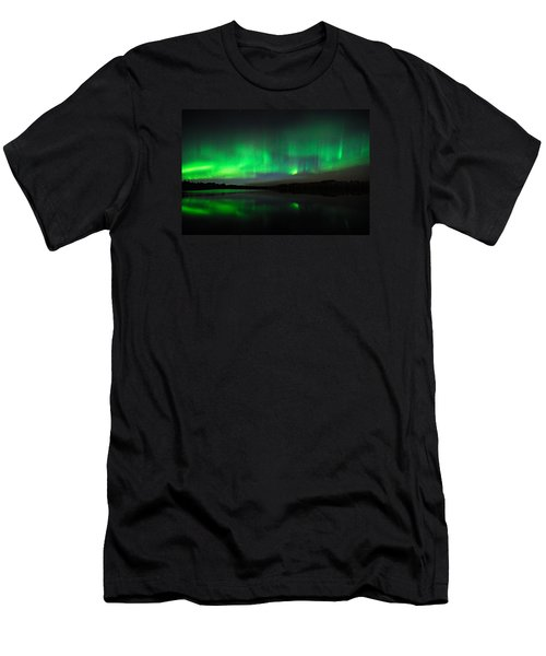 Tofte Lake Aurora Men's T-Shirt (Athletic Fit)