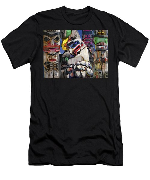 Totem Poles In The Pacific Northwest Men's T-Shirt (Athletic Fit)