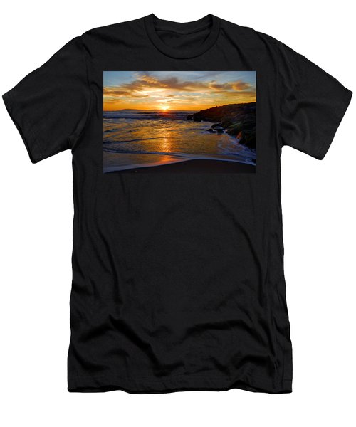 Ventura Beach Sunset Men's T-Shirt (Slim Fit) by Lynn Bauer