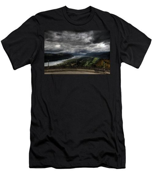 Vista House View Men's T-Shirt (Athletic Fit)