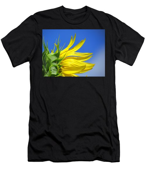 Waving Goodbye To Summer Men's T-Shirt (Athletic Fit)
