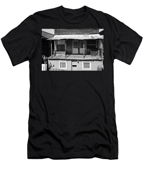 Weathered Home With Satellite Dish Men's T-Shirt (Athletic Fit)