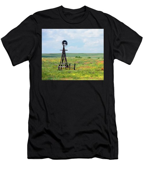 Western Kansas Wooden Windmill  Men's T-Shirt (Athletic Fit)