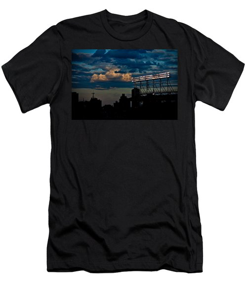 Wrigley Field Light Stand Men's T-Shirt (Athletic Fit)