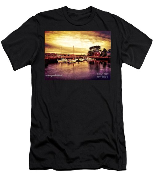 Down At The Dock Men's T-Shirt (Athletic Fit)