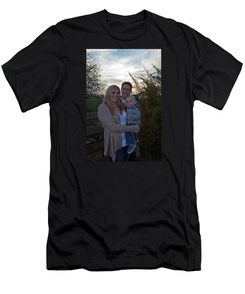011 Men's T-Shirt (Athletic Fit)