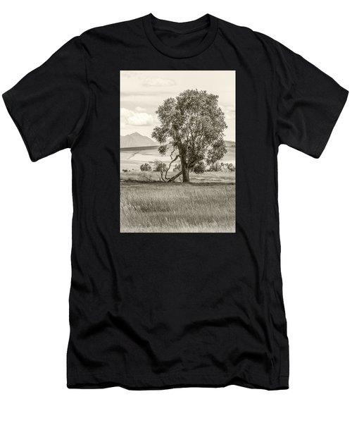 #0552 - Southwest Montana Men's T-Shirt (Athletic Fit)