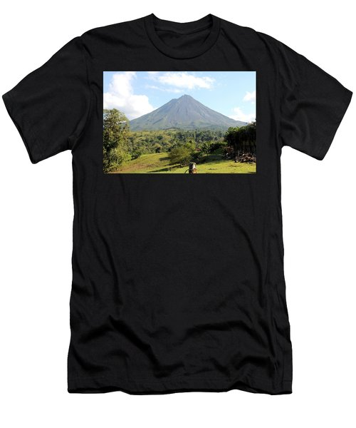 Arenal Volcano Men's T-Shirt (Athletic Fit)