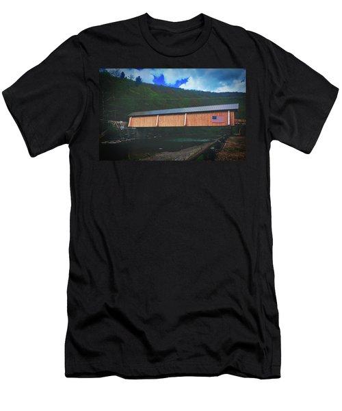 Beaverkill Covered Bridge Men's T-Shirt (Athletic Fit)