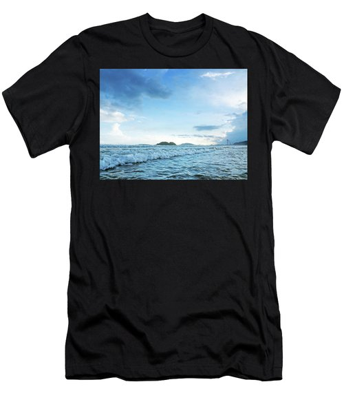 Binh Hai Beach, Quang Ngai Men's T-Shirt (Athletic Fit)