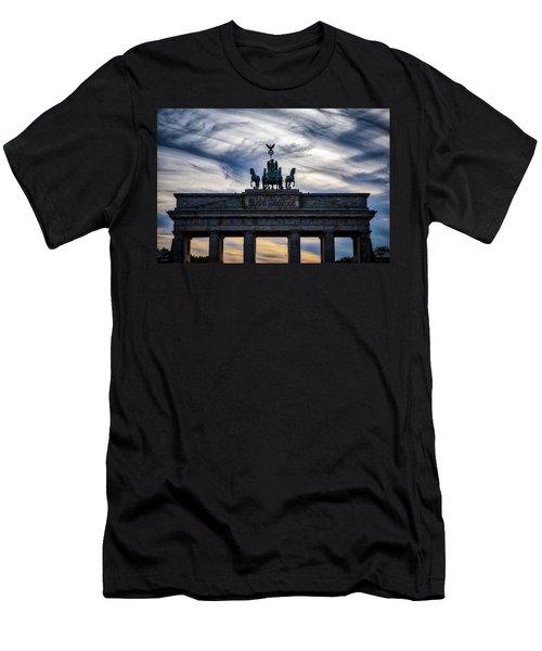 Brandenberg Gate Men's T-Shirt (Athletic Fit)