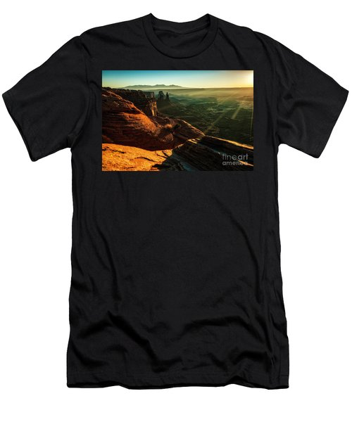 Canyon Sunbeams Men's T-Shirt (Athletic Fit)