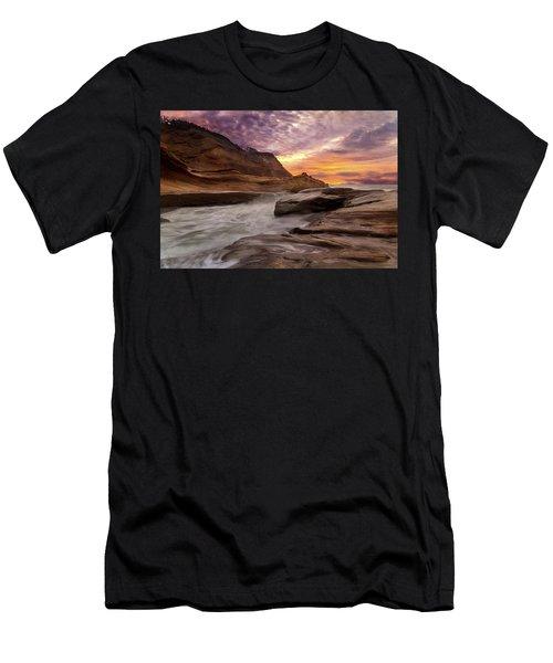 Cape Kiwanda Sunset Men's T-Shirt (Athletic Fit)