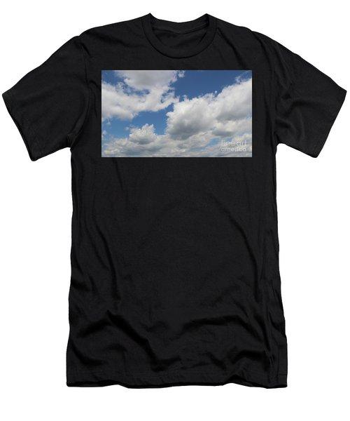 Clouds 16 Men's T-Shirt (Athletic Fit)