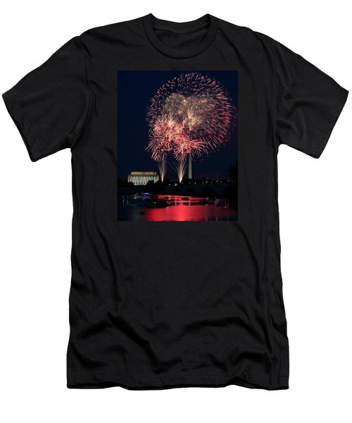 Dc 4th Of July Men's T-Shirt (Athletic Fit)