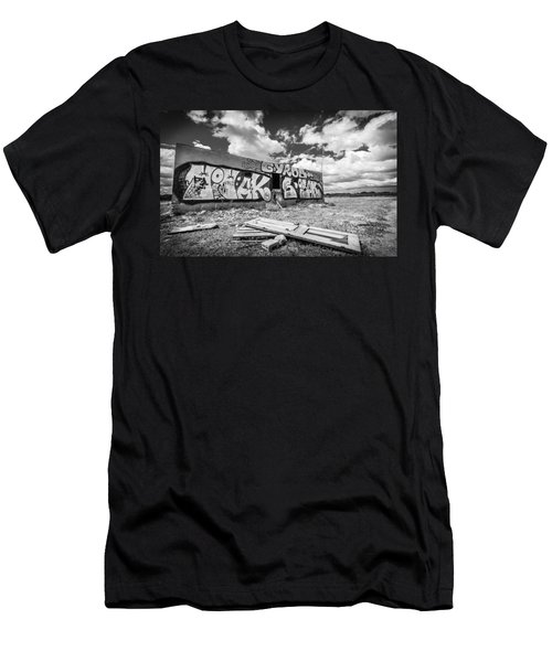 Derelict Building. Men's T-Shirt (Athletic Fit)