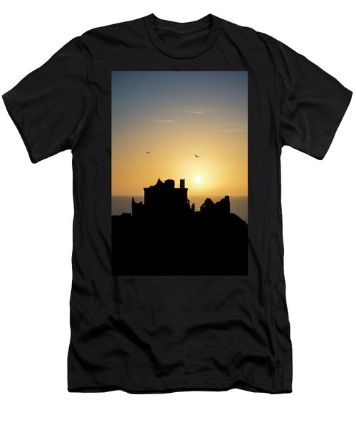 Dunnottar Castle Sunrise Men's T-Shirt (Athletic Fit)