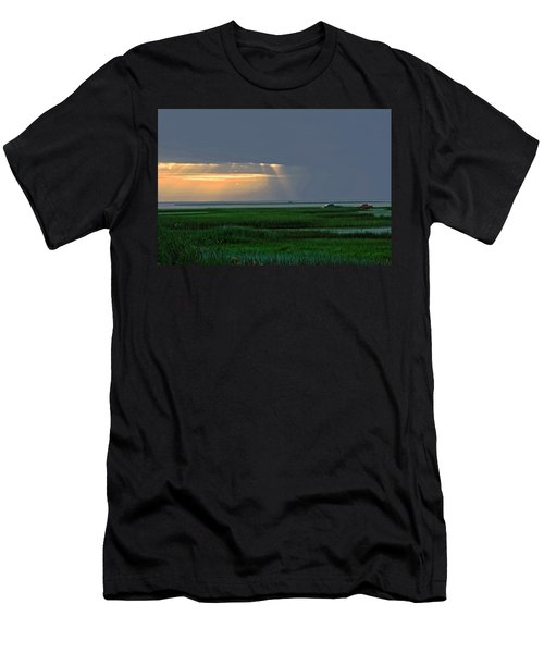 Dusk Fishing Men's T-Shirt (Athletic Fit)