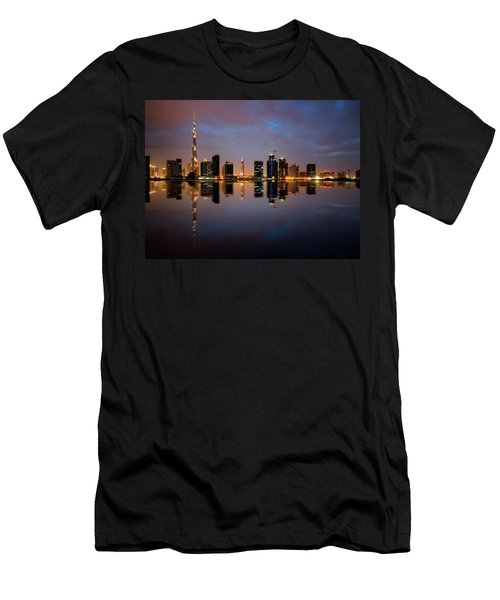 Fascinating Reflection Of Tallest Skyscrapers In Bussiness Bay D Men's T-Shirt (Athletic Fit)