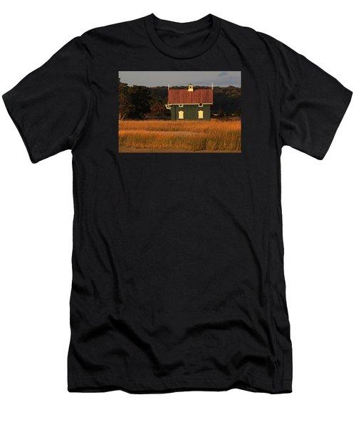 Gamecock Cottage Stony Brook New York Men's T-Shirt (Slim Fit) by Bob Savage