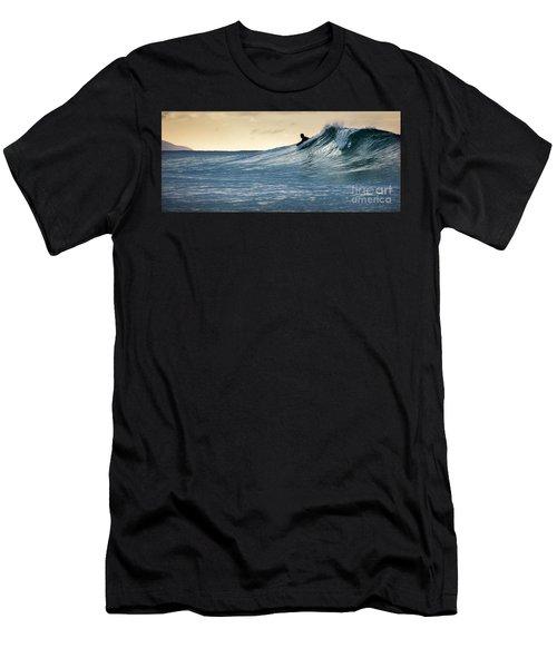 Hawaii Bodysurfing Sunset Polihali Beach Kauai  Men's T-Shirt (Athletic Fit)