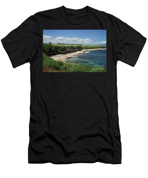 Ho'okipa Beach View From Ho'okipa Beach Park Hana Maui Men's T-Shirt (Slim Fit) by Peter Dang