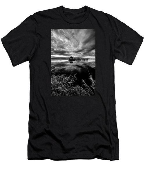 Island Men's T-Shirt (Athletic Fit)
