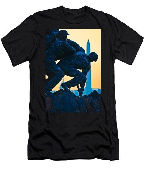 Iwo Jima Memorial At Dusk Men's T-Shirt (Slim Fit)
