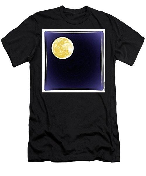 Last Night's Big #beautiful #fullmoon Men's T-Shirt (Athletic Fit)