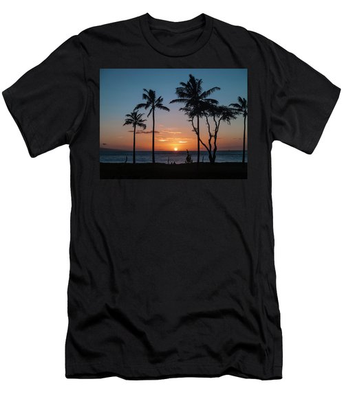 Maui Sunset Men's T-Shirt (Athletic Fit)