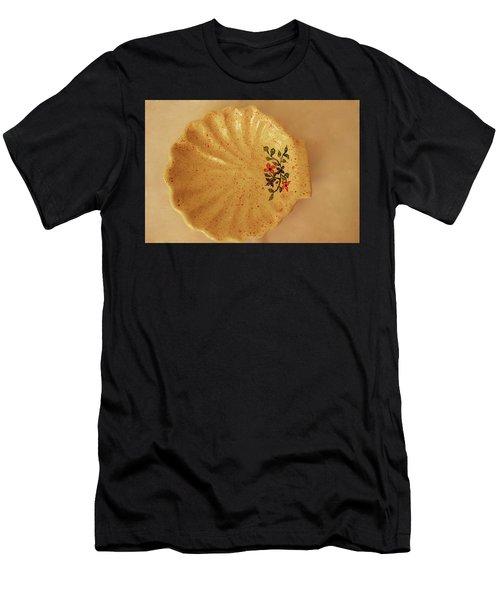 Medium Shell Plate Men's T-Shirt (Athletic Fit)