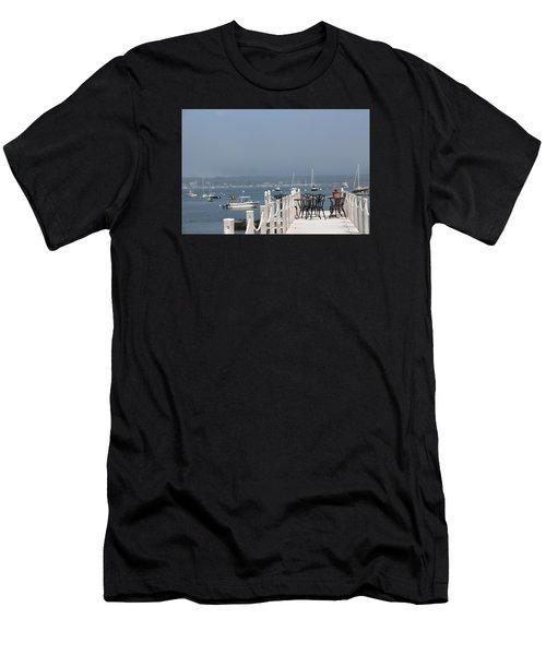 New Castle Harbor Nh Men's T-Shirt (Athletic Fit)