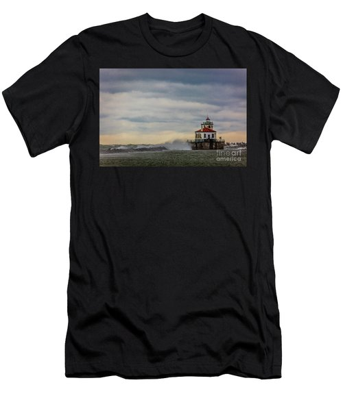 Oswego Harbor West Pierhead Light Men's T-Shirt (Athletic Fit)