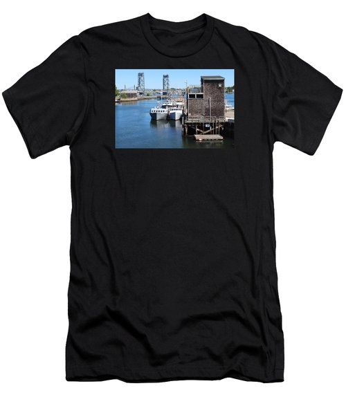 Portsmouth Nh  Men's T-Shirt (Athletic Fit)