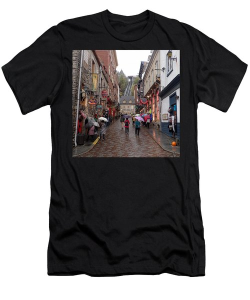 Quebec City Men's T-Shirt (Athletic Fit)