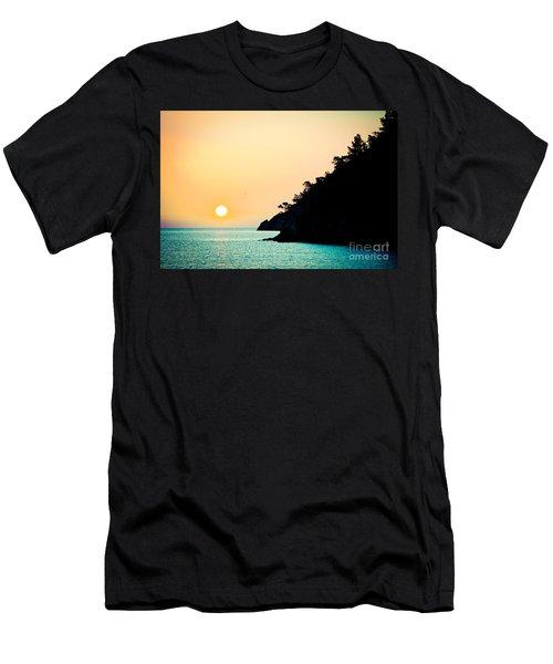 Seascape Sunrise Sea And Sun Men's T-Shirt (Athletic Fit)