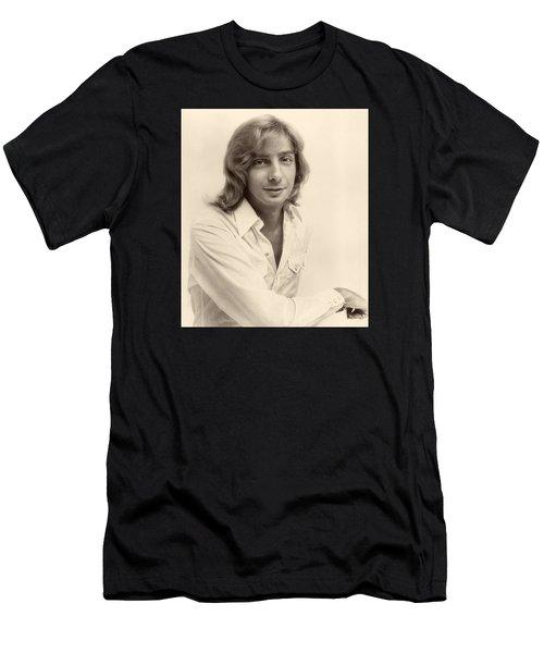 Singer Barry Manilow 1975 Men's T-Shirt (Athletic Fit)