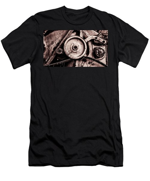 Soviet Ussr Combine Harvester Abstract Cogs In Monochrome Men's T-Shirt (Athletic Fit)